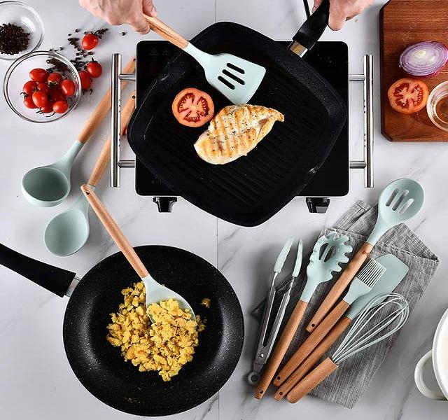 các vật dụng trong bếp